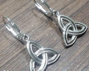 Trinity knot Earrings, celtic Irish knot earrings