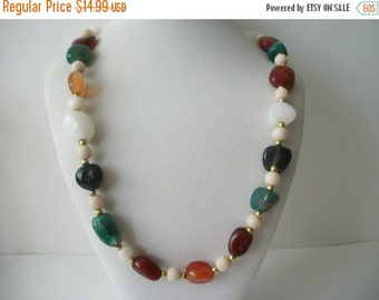 ON SALE Vintage Polished Tumple Stones Necklace 70716
