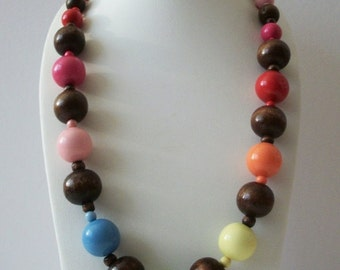 ON SALE Vintage 1960s Colorful Graduated Chunky Wooden Beads Necklace 10616