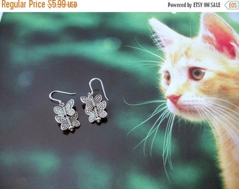 ON SALE Dainty Vintage Silver Black Tone Butterflies Earrings 1269