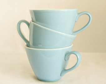 Mid Century Blue and White Cups   Homer Laughlin Blue Fleur De Lis   Set of Three Mid Century Cups