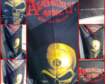 "Alchemy gothic battle - dress ""1994"". Flag with skull !!"