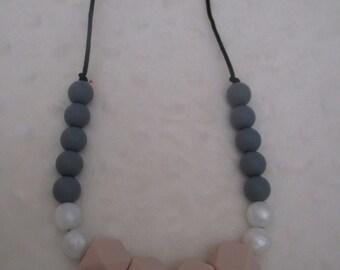 Nursing necklace for Mom