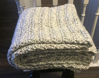 Chunky Crochet Blanket White & Grey / Crochet Blanket / Chunky Blanket / Grey Blanket / White Blanket / Blanket / Throw / Afghan