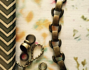 Vintage modern brass bracelet