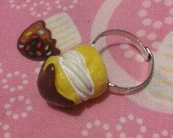 Dessert Cream Puff Ring