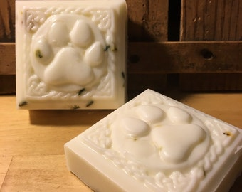 Dog Shampoo Bar/ natural dog shampoo bar/ non toxic/ natural insecticide/made in Michigan