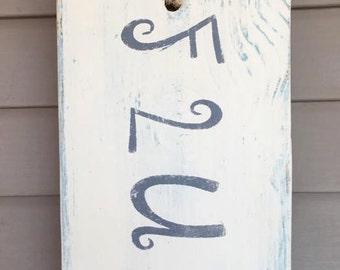 Up cycled shabby chic bathroom flush sign