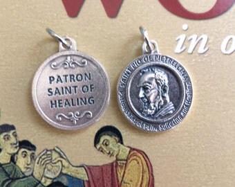 Saint Pio of Pietrelcina Medals, Saint Pio Pendant, St Pio, Set of 2 Saint Pio Medals, Padre Pio, Patron Saint of Healing, Made in Italy