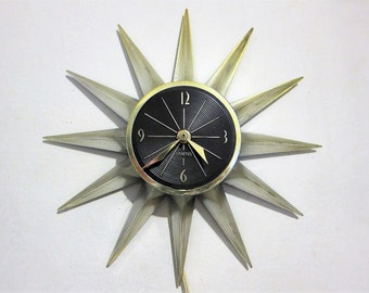 Spartus Starburst Midcentury Electric Wall Clock 1950s