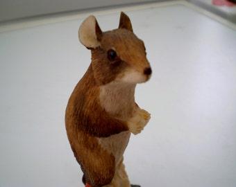 Border Fine Arts Resin Figure - Mouse on Apple - Mice on Fruit Series - Ray Ayres - Corp 1980 - Scotland - British