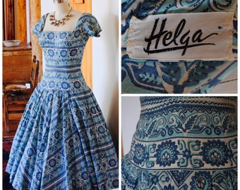 1950s Southwest Novelty Print Helga Party Dress/ Vintage New Look Dress/ Blue & White Swing Dress with Crinoline Petticoat/ S Small