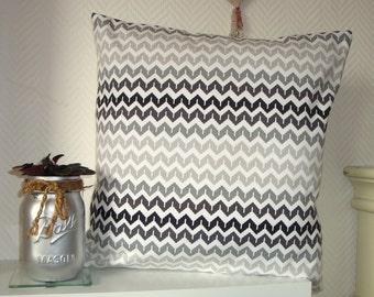 "Pillowcase geometric ""zigzag"" black and white, 40x40cm"