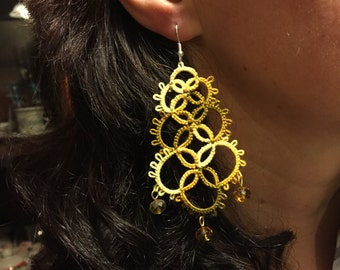 Yellow pendant earrings