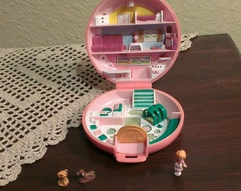 Vintage Polly Pocket - Buttons' Animal Hospital - Complete - Bluebird (1989 )