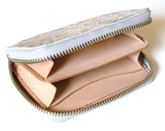 Ladies Leather Wallet // Women's Wallet // Zip Wallet // Credit Card Holder // Fur