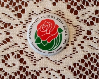 Washingtion vs Iowa Rose Bowl 1991 Tournament of Roses Parade Pinback Button 2.25 Inches Round