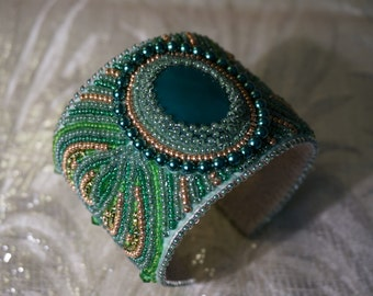 The bead embroidered cuff Margareth