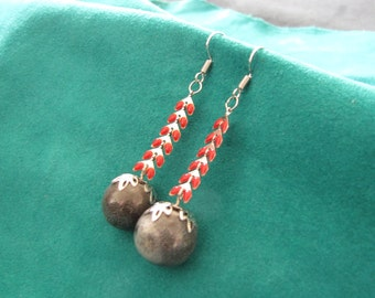 Long dangling earrings with red enamel chain and stone ceramic blue / grey