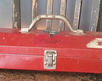 Vintage 1970s-80s Red Metal Toolbox/Industrial Decor/Rusty Patina/Retro Toolbox/Storage/Vintage Red Toolbox