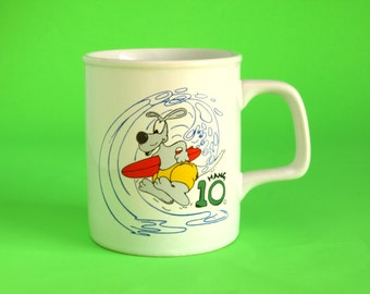 Vintage Retro 1985 Hang Ten Cartoon Kangaroo Surfer Mug - Kitsch Hang 10 Surfing Mug - Design by Phillip Stammers