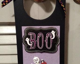 """Halloween Decorative Door Hanger """"BOO"""""""