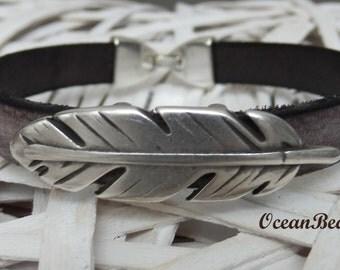 Brown Leather Bracelet with Metallic Leaf