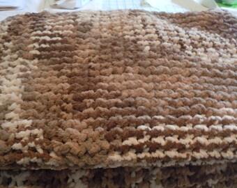 Super Bulky Brown/Cream Blanket