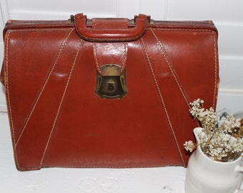 Vintage Leather Briefcase / Messenger Bag / Laptop Case