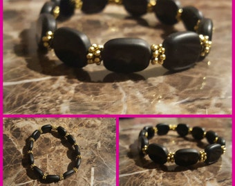 Beautiful black frosted beaded  braclet