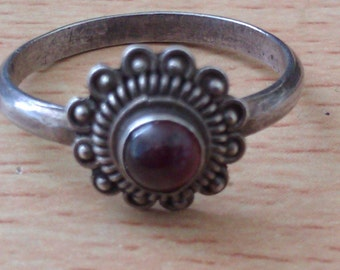 small vintage silver coloured deco style ring