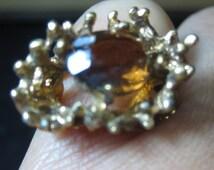 Vintage ring gold  tone size size 5  3/4   18 kt H.G.E. G.E.