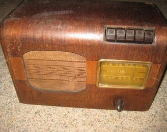 General Electric GD-51 Wooden Radio Vintage 1940's