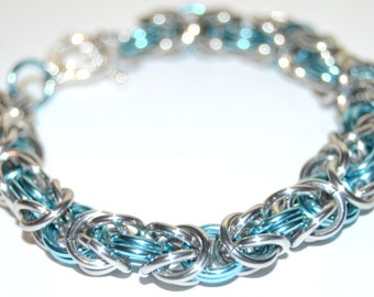 Sea Dreams Byzantine chainmaille bracelet