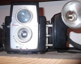 Brownie Starflex Camera with Flash Antique vintage decor