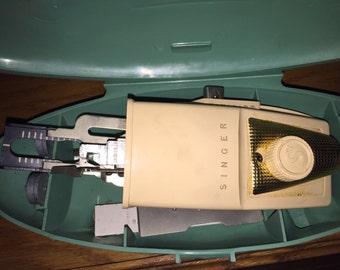 Vintage Singer Button Holer 1950s/60s in Case