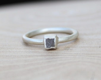 Rough 0.65ct Blue-Grey Diamond Ring - Satin Finish. Size L. Alternative engagement ring. Solitaire rough diamond ring.