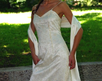Short wedding dress made of silk satin and beautiful lace