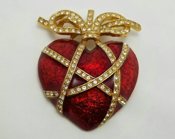 LIA Red Enamel Heart Pin