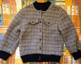 Women's Wool Houndstooth Button Front Jacket