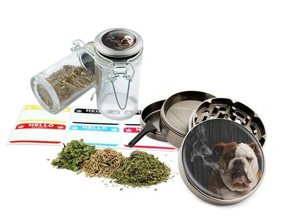 "Smoking Dog - 2.5"" Zinc Alloy Grinder & 75ml Locking Top Glass Jar Combo Gift Set Item # G50120915-16"