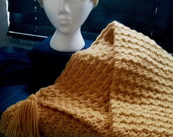 Gold headband and shawl