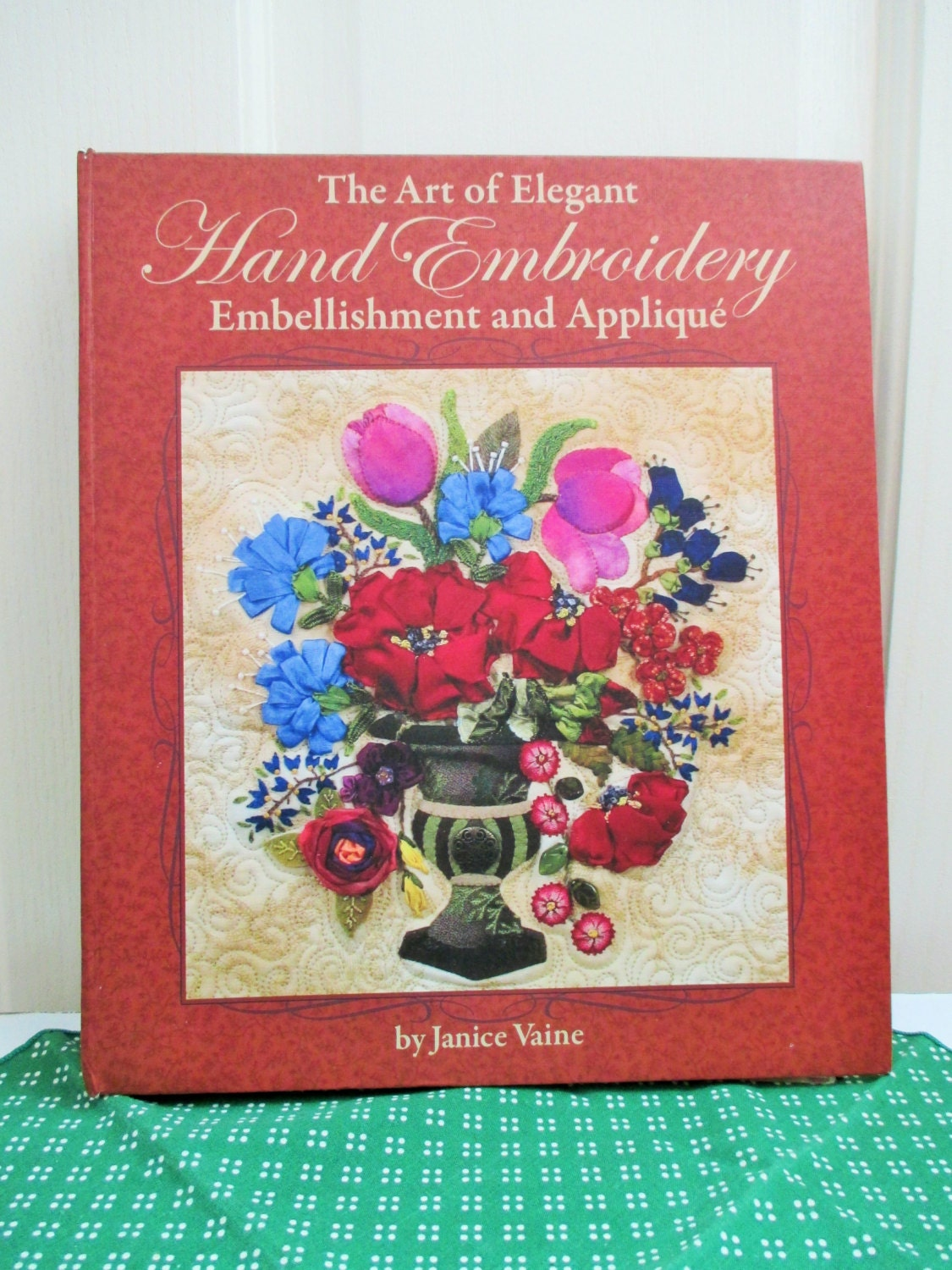 Embroidery Book Art Of Elegant Hand Embroidery Stitches