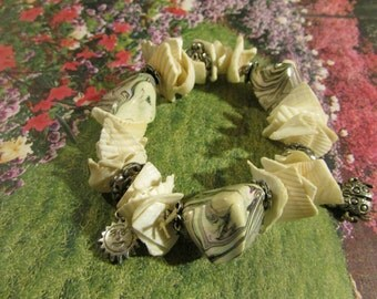 No. 831 Charm Bracelet