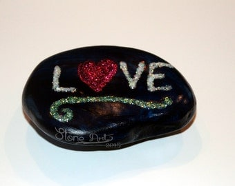 Sparkle love pebble