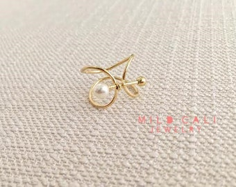 Cutout Bow and Arrow Ring