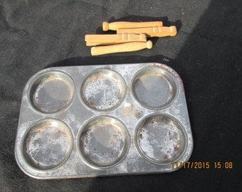 antique muffin tin toy