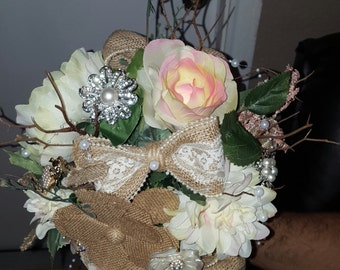 chic rustic bridal bouquet