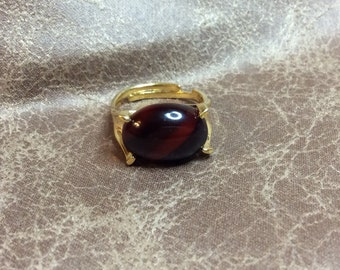 Vintage Sarah Coventry Wood Nymph Gold Ring