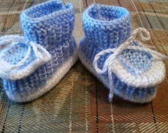 Knitted baby booties,  size 0-3  months, blue with white color, for boys